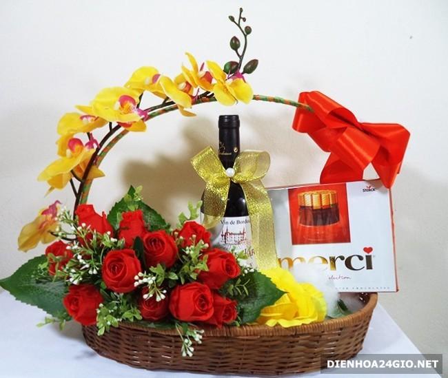 rượu và hoa sinh nhật đẹp